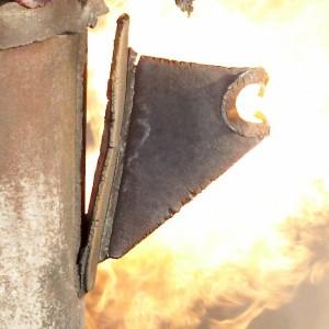 damaged flare lifting lug